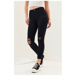 Ripped High Rise Ankle Jeggings